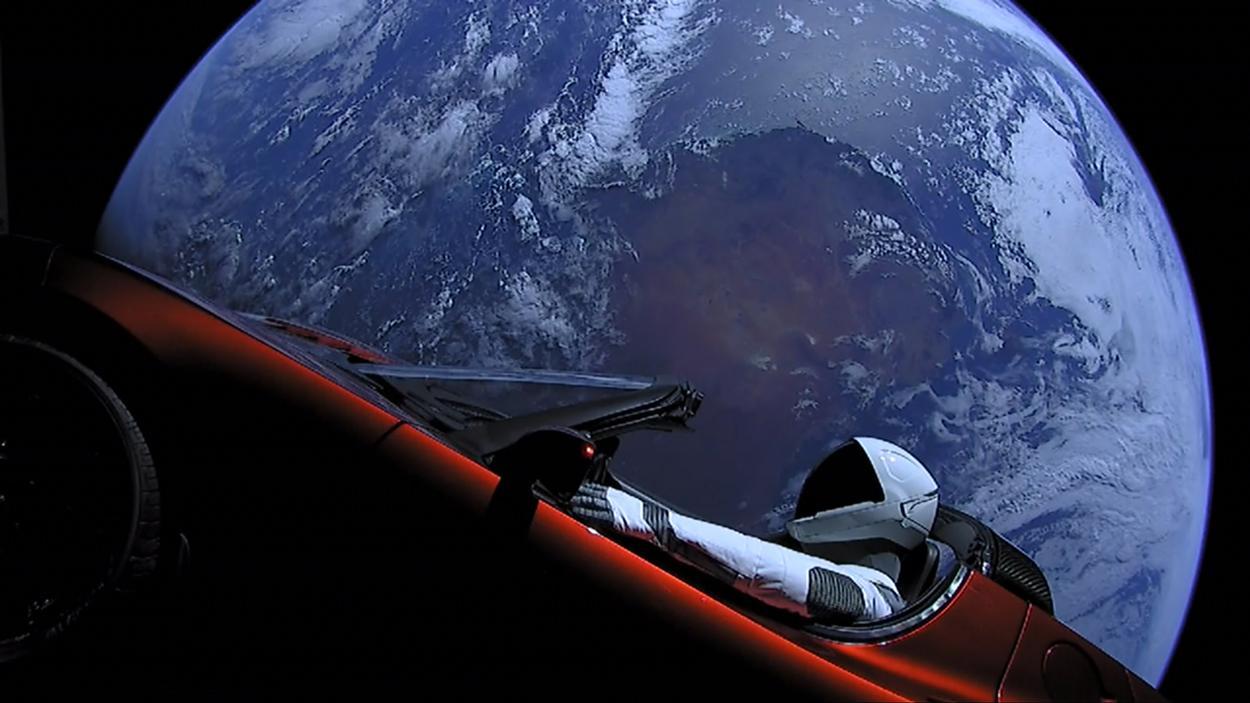 تسلای شخصی ایلان ماسک در فضا